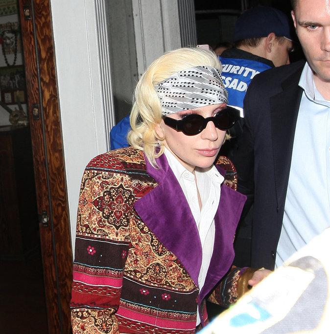 Photos : Lady Gaga : à quelques heures d'un hommage, elle a David Bowie dans la peau!