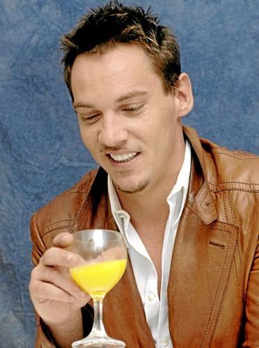 Jonathan Rhys Meyers alcoolisme