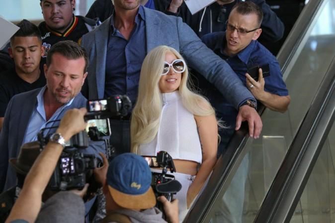 Lady Gaga à son arrivée à l'aéroport de Los Angeles le 17 février 2015