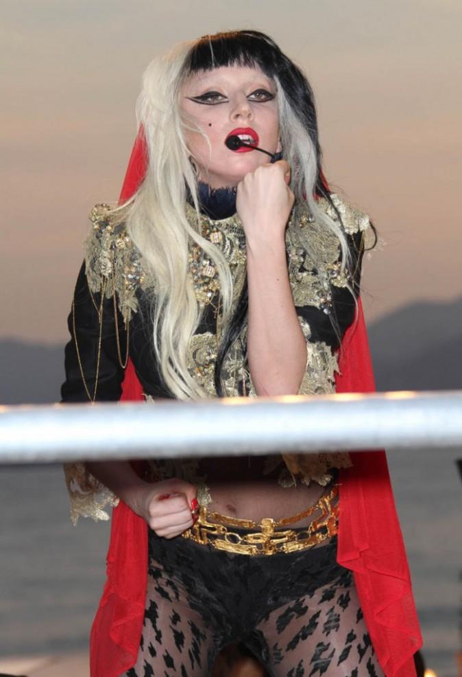 Elle est même passée en Europe pour faire la promo de Born This Way !