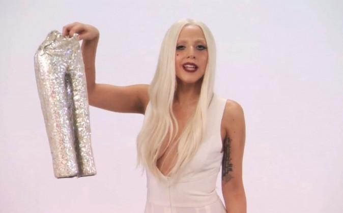 Lady Gaga, grande commerciale devant l'éternel !