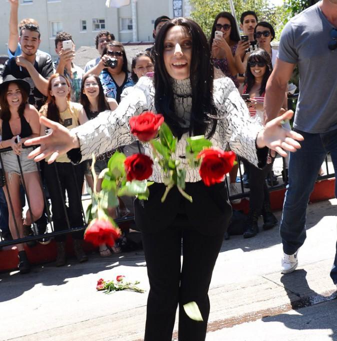 Lady Gaga à la sortie du Château Marmont, à Los Angeles, le 17 août 2013