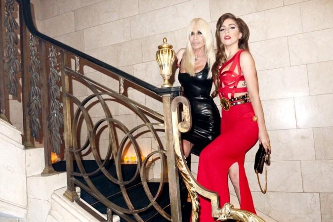 Lady Gaga shootée par Terry Richardson lors de sa rencontre avec Donatella Versace !