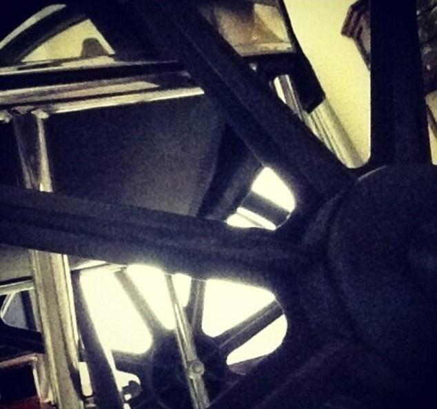 """L'ancienne chaise roulante """"classique"""" de Lady Gaga..."""