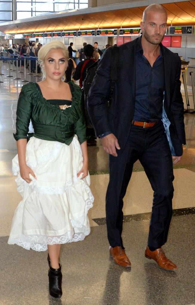 Photos : Lady Gaga enceinte ? Elle répond !
