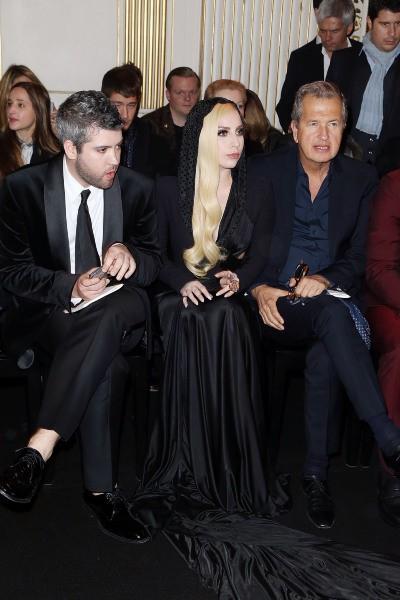 Lady Gaga au défilé Versace à Paris, le 19 janvier 2014.