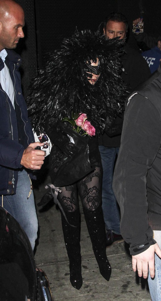 "Photos : Lady Gaga : la birthday girl extravagante se félicite de ne pas avoir rejoint le ""club des 27"" !"