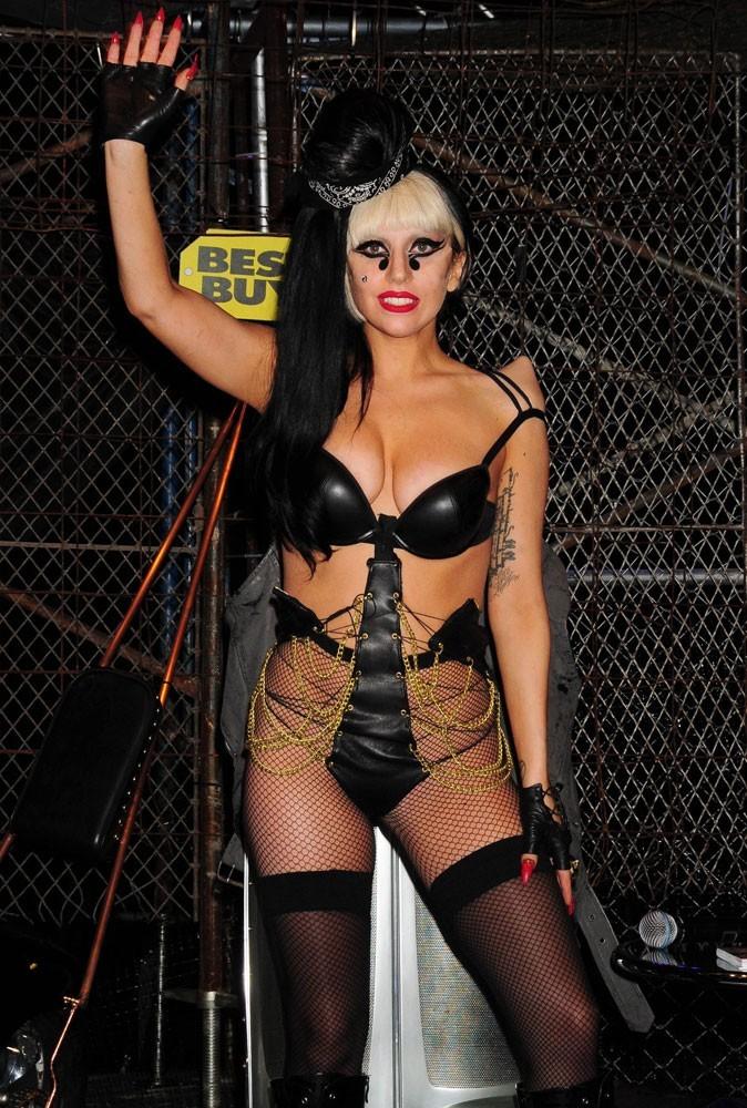 Photos : Lady Gaga nous avait caché ça...