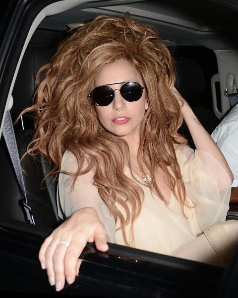 Lady Gaga à West Hollywood, le 23 septembre 2013.