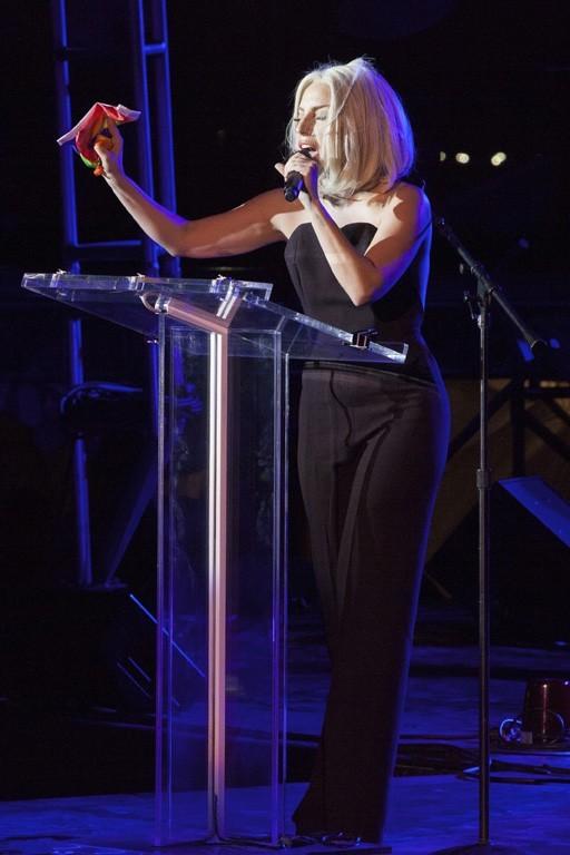Lady Gaga à la gay pride de New-York le 28 juin 2013
