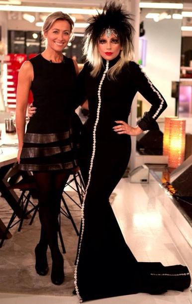 Lady Gaga invitée d'Anne-Sophie Lapix sur le plateau de C à vous
