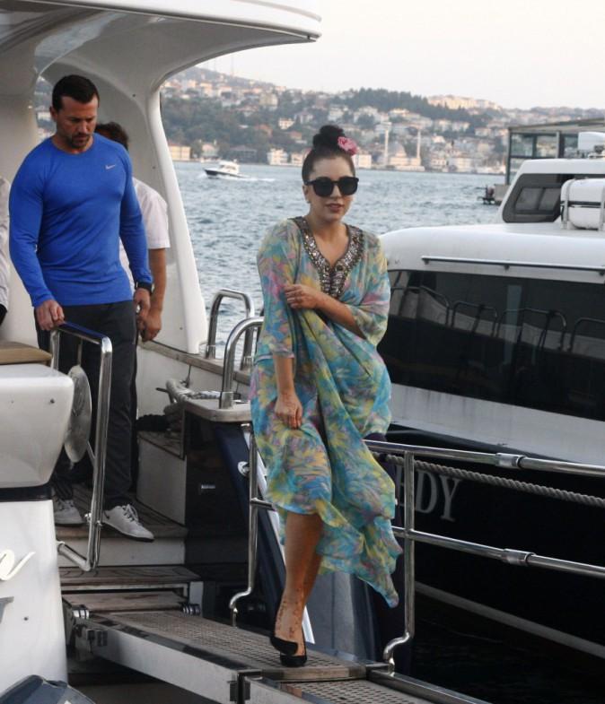 Photos : Lady Gaga : string apparent en Turquie !