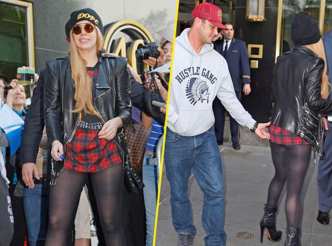 Lady Gaga : Taylor Kinney adore tâter son fessier, même en public !