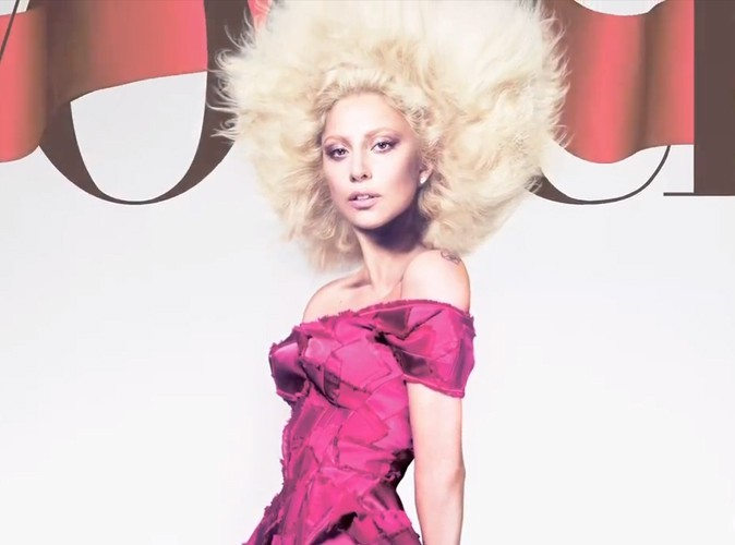 Photos : Lady Gaga trop photoshopée en couverture de Vogue ?