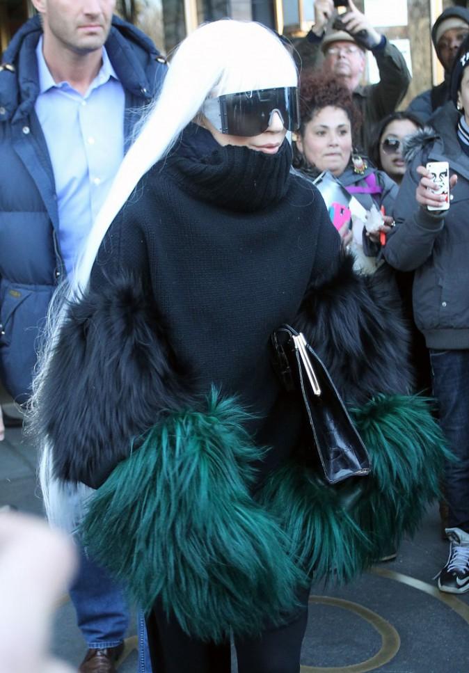 """Photos : Lady Gaga : violemment clashée par Akon : """"Sa carrière est en chute libre"""" !"""