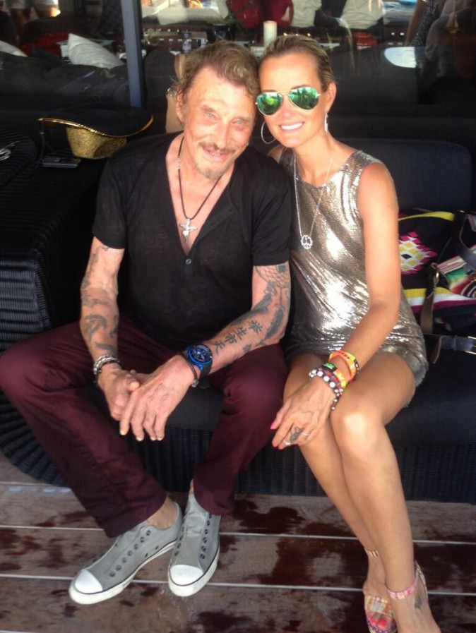 Laeticia et Johnny Hallyday : vacances rock'n'roll et ambiance disco à Saint-Barth !