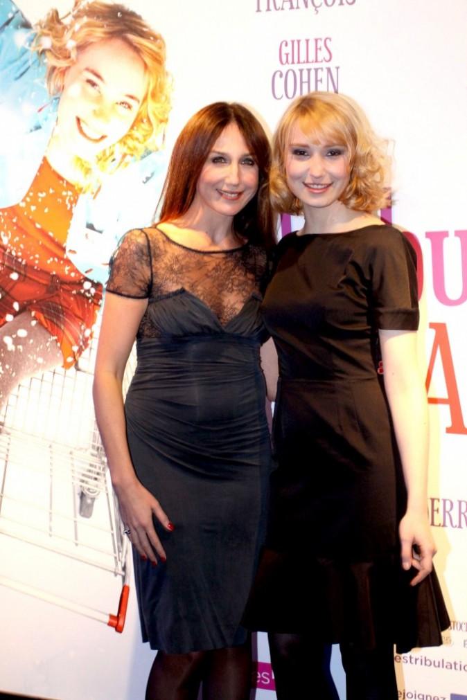 Elsa Zylberstein et Déborah François rivalisent de beauté !