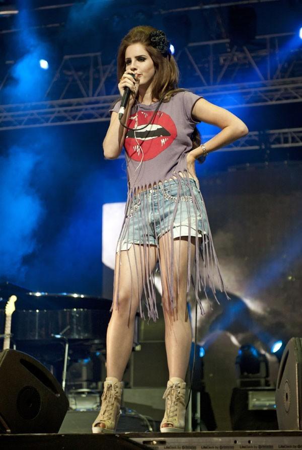 Lana Del Rey au Festival de l'Isle of Wight le 22 janvier 2012