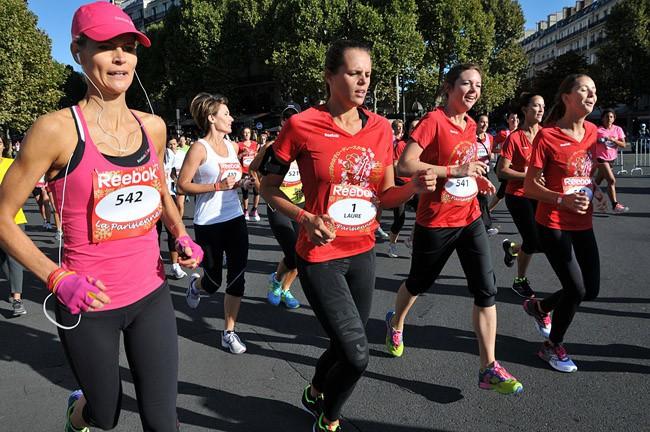 Laure Manaudou lors de la course de La Parisienne le 15 septembre 2013