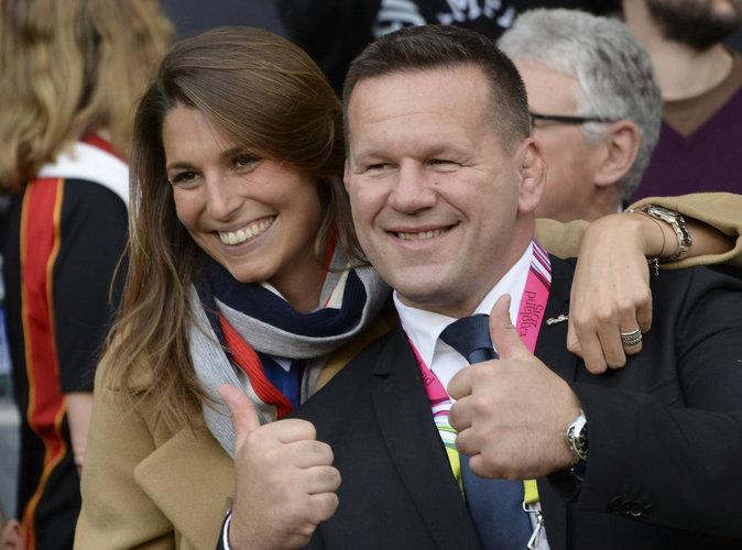 Laury Thilleman : grand sourire et haka en finale de Coupe du monde de rugby !