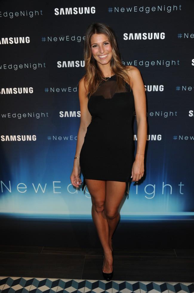 """Laury Thilleman à la soirée """"New Edge Night"""" organisée à la piscine Molitor le 15 septembre 2015"""