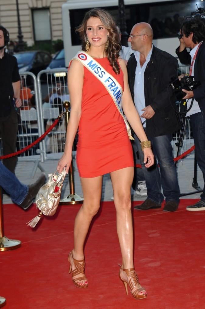 Laury Thilleman lors de la soirée LG à Paris, le 21 avril 2011.