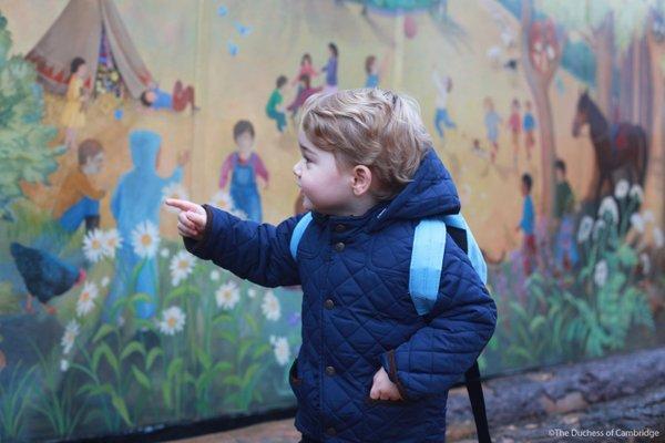 Photos : Le prince George fait ses premiers pas à l'école !