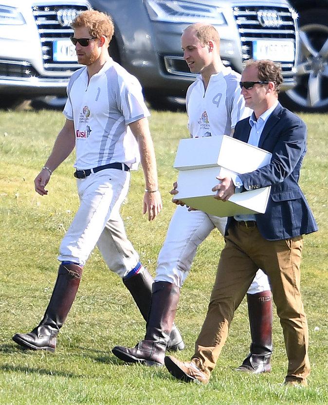 Le Prince Harry et le Prince William lors d'un match de polo - Ascot, le 6 mai 2017
