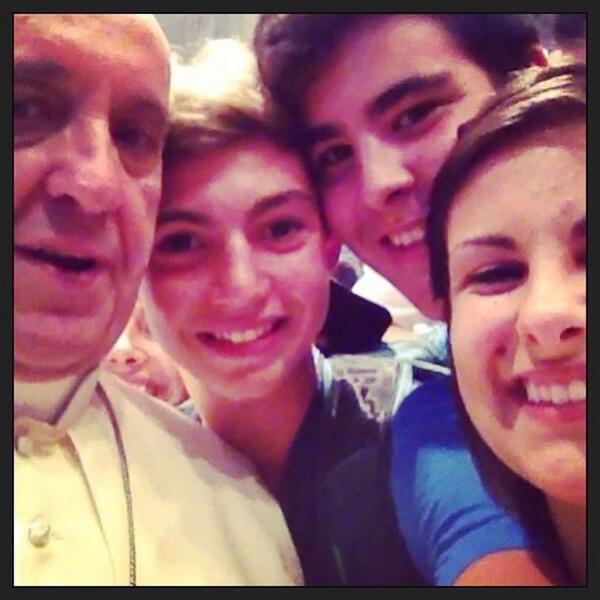 Le selfie du Pape !