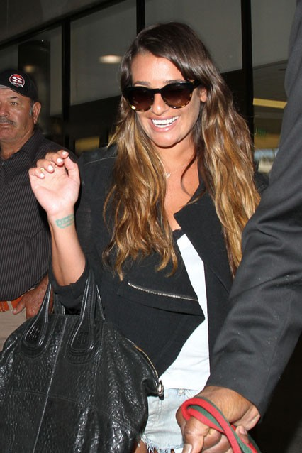 Lea Michele à l'aéroport de Los Angeles le 8 juillet 2013