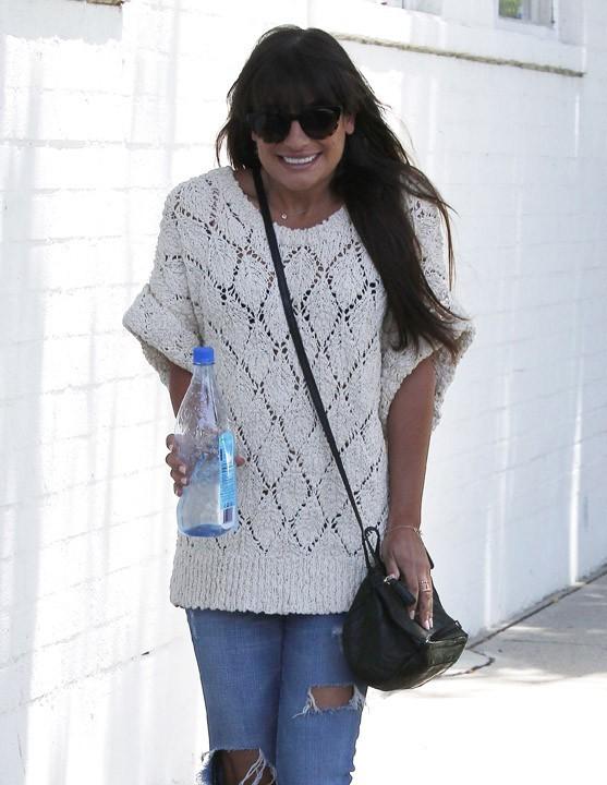 Lea Michele en chemin pour aller chez le dentiste à Santa Monica le 30 mai 2013