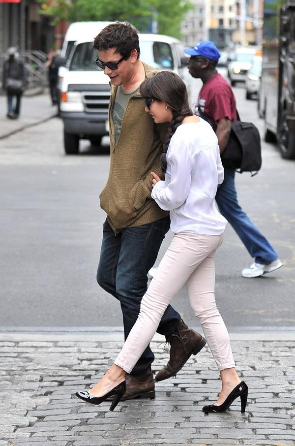 Cory Monteith et Lea Michele en amoureux dans les rues de New-York
