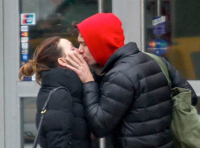 Leighton Meester et Adam Brody à New York le 2 avril 2014