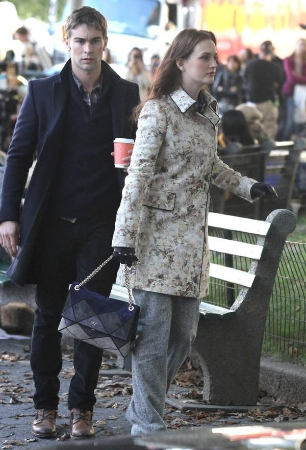 Leighton Meester et Chace Crawford sur le tournage de Gossip Girl le 24 septembre 2012