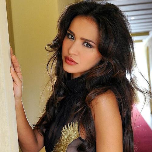 Photos : Leila : toujours aussi hot, elle continue son retour en force sur Instagram !