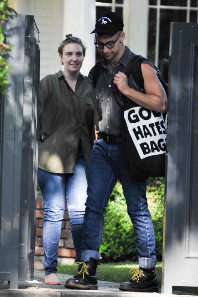 Lena Dunham : Elle a bien du mal à laisser son amoureux s'en aller !