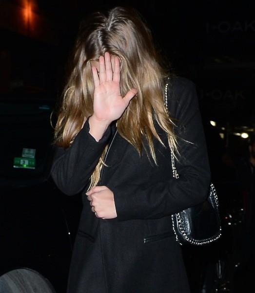 Nina Agdal à la sortie du Club Avenue, le 3 février 2014 au matin à New York.