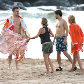 Les acteurs profitent des plages d'Hawaii