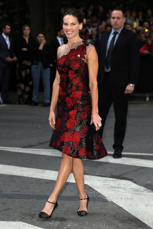 Hilary Swank aux 40 ans de la marque Armani, à Milan le 30 avril 2015