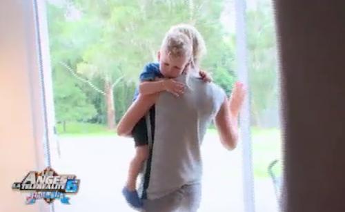 Photos : Les Anges 6 : Amélie métamorphosée par la présence de son fils !