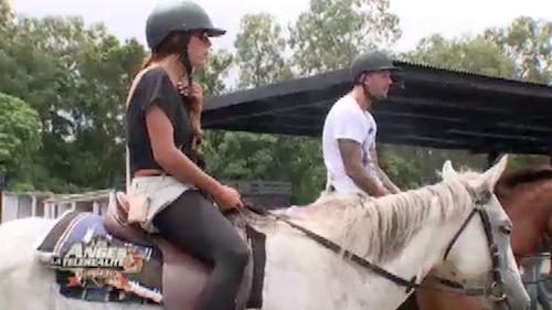"""Anaïs pique une crise et abandonne son cheval """"fou"""""""