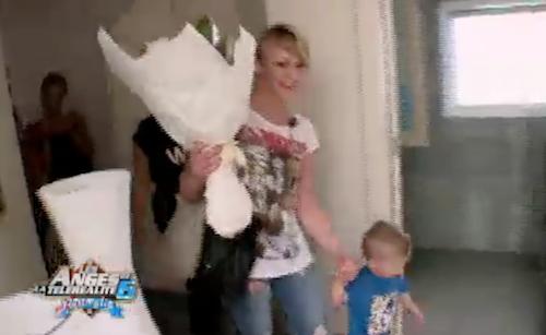 Amélie reçoit la visite de son fils Hugo !