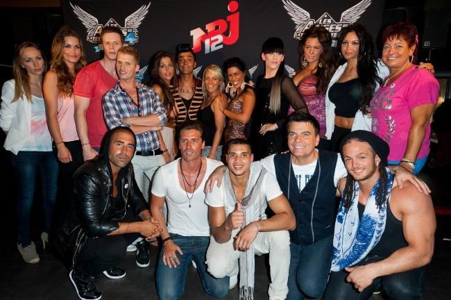 Les Anges de la Télé-Réalité 4 : Club Hawaï au Ice Baar à Paris, le 27 juin 2012.