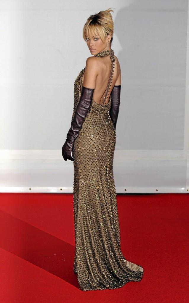 Rihanna : du brave gars au beau bad boy !