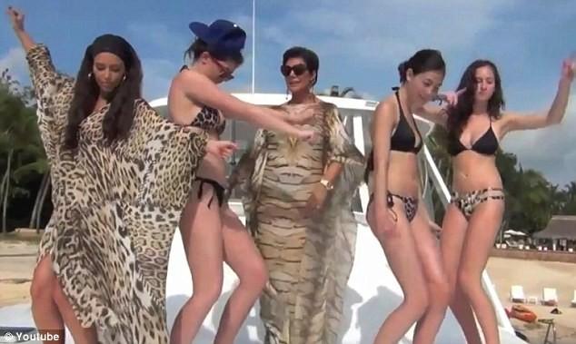 Les filles Kardashian-Jenner dans le clip cover du titre Hypnotize de Notorious B.I.G..