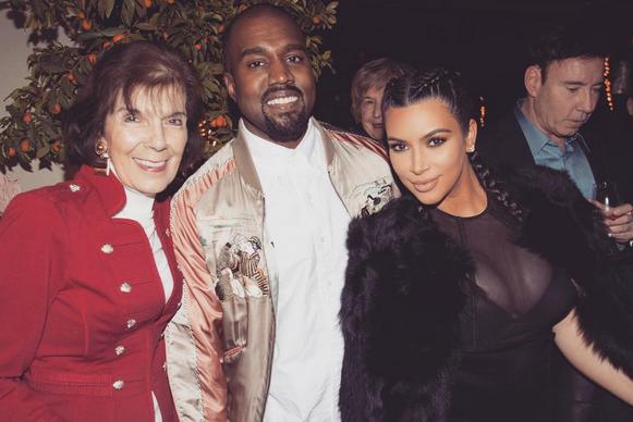 Photos : les Kardashian nous plongent au cœur de leur Noël de rêve !