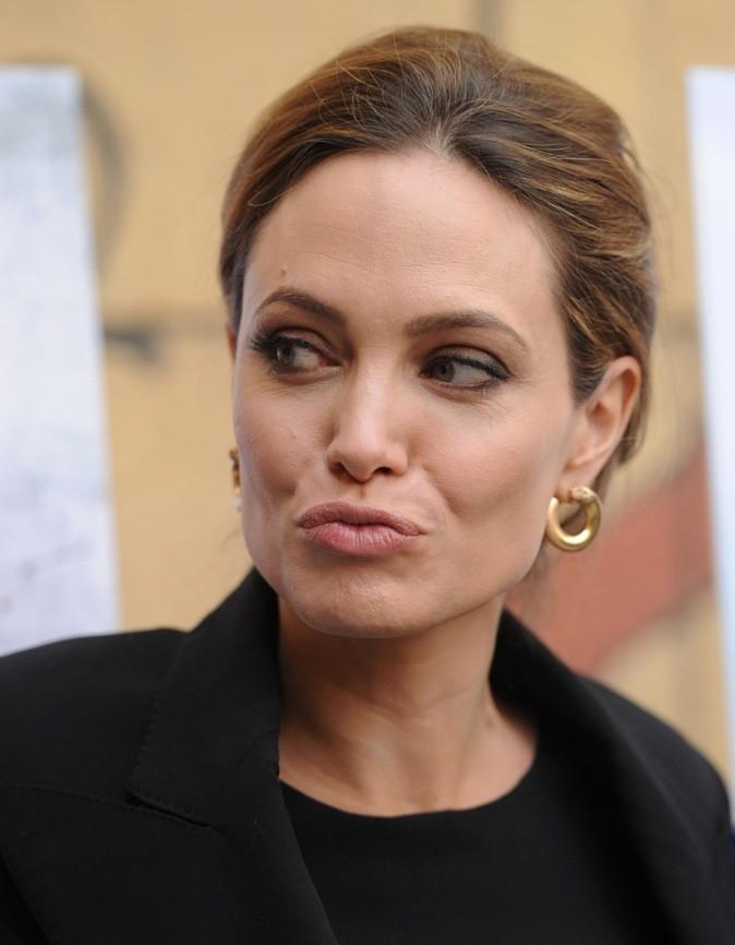 Angelina Jolie, belle même quand elle fait des grimaces!