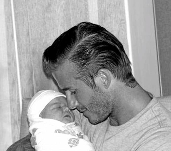 Harper : Collée-serrée avec papa et maman