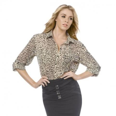 Alors vous préférez Khloe ou ce modèle?