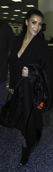 Kim Kardashian à l'aéroport de Miami, le 16 décembre 2012.